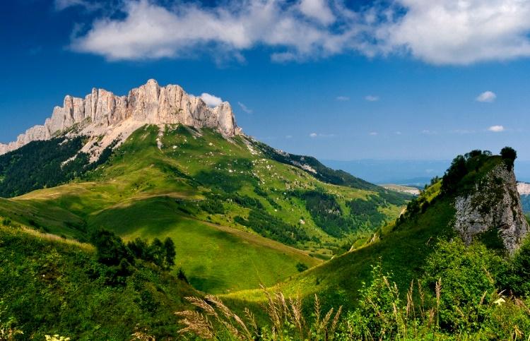 уникальная гора Большой Тхач