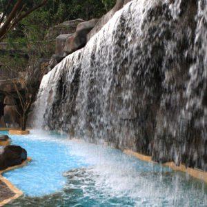 новый источник I-Resort с термальными водами