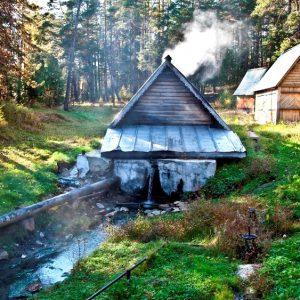 Горячий источник Горячинск