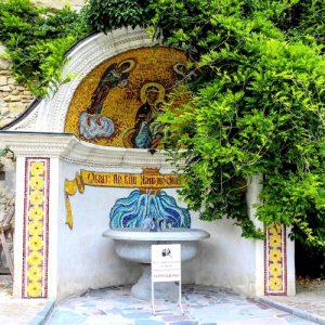 Святой источник Свято-Успенского монастыря