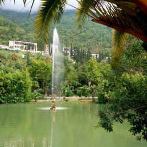 Гагра водопады, фонтаны в парке