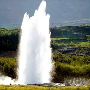 Удивительный Гейзер Строккюр в Исландии