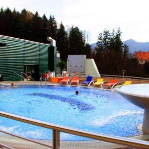 Термы Добрна курорт на основе термальных источников